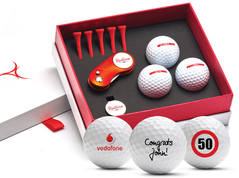 golf gift with personalised golf balls